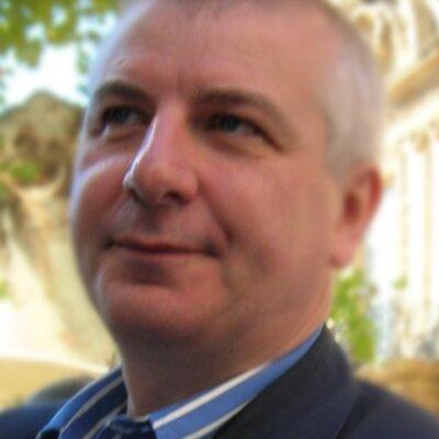 Alistair Russell (@AlistairRussell) Twitter profile photo