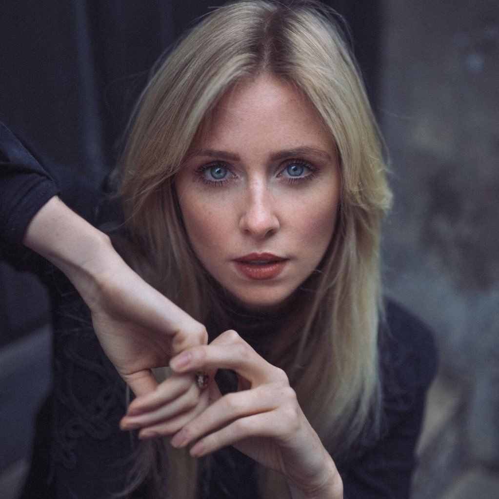 @DianaVickers