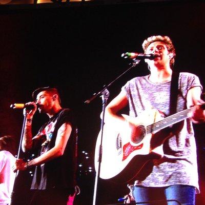 え、むちゃくちゃ差ついてきたやん、やばい MTVAwardsStar One Direction