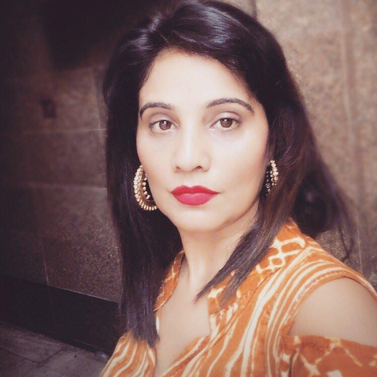 Pooja Saxena Sweetiephspie Twitter