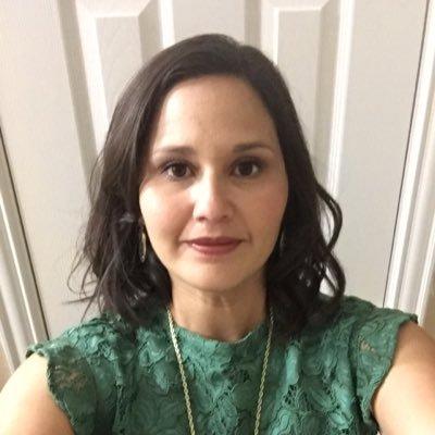 April Romero (@aprilrom18) Twitter profile photo