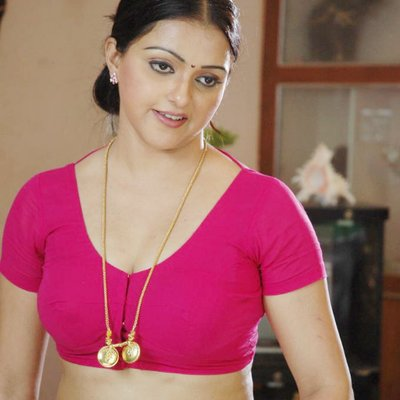 Hot pink blouse bhabhi confirm. All