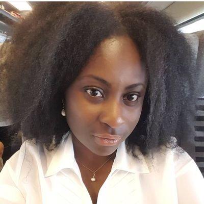 Laury N (@Madame_NTK) Twitter profile photo