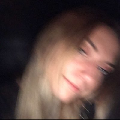 Veronica Vaughn (@veron_cavaughn) Twitter profile photo