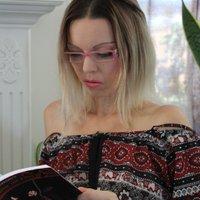 BooksKellyBaker