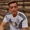 Photo of MesutOzil1088's Twitter profile avatar