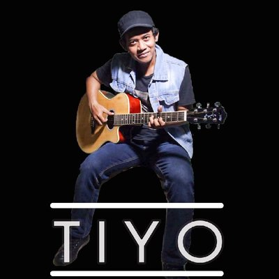 Lirik Lagu  Tiyo - Aku Apa Adanya
