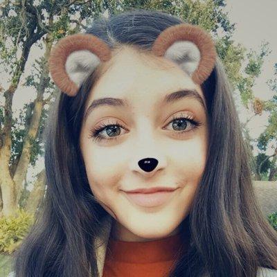 _angie_ramirez_ Twitter Profile Image