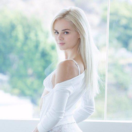 Elsa jean and hannah hays 2020 sex