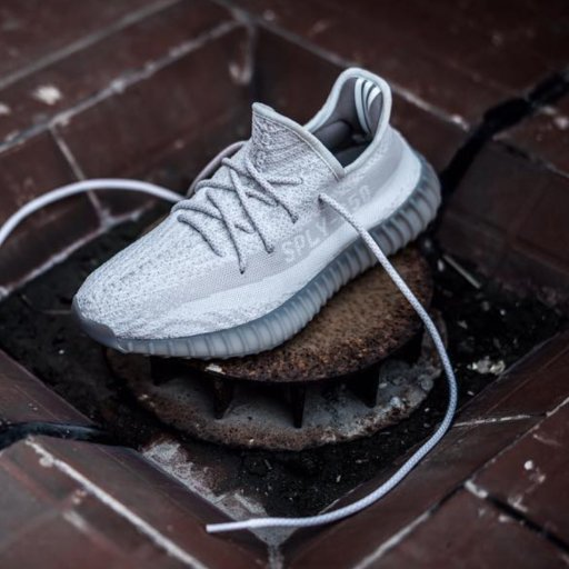 85cc4ec9d9a574 TT Sneaker on Twitter