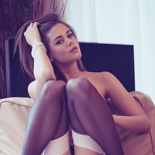 Caprice porn pics little Babe Today