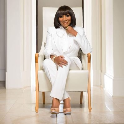 Beautiful, simply does not describe the incomparable force known to the world as Patti LaBelle. Who has become synonymous with grace, style, elegance and class.