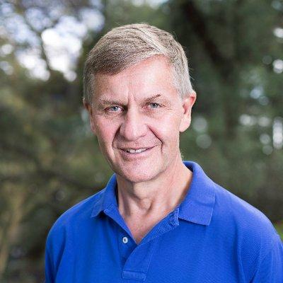 Erik Solheim Profile Image