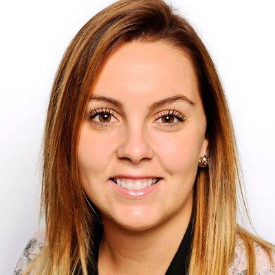 Laura Jones (@misslcjones) Twitter profile photo