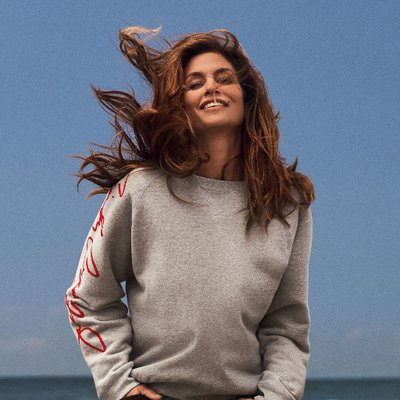 Cindy Crawford | Social Profile