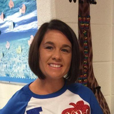 Kimberly (@Kimberl99213491) Twitter profile photo