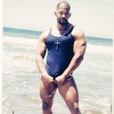 Men muscle sex