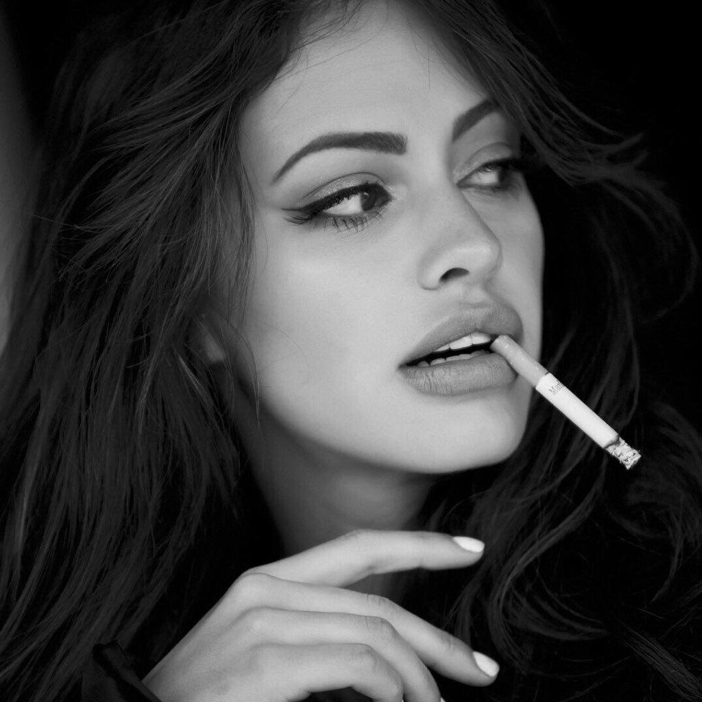 Картинки курящие красивые девушки
