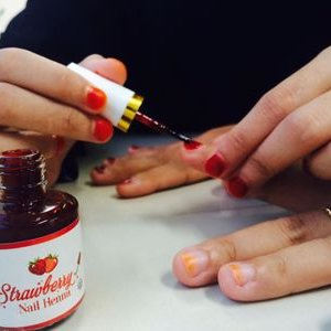 Strawberry Nail Henna On Twitter Strawberry Nail Henna Tampil