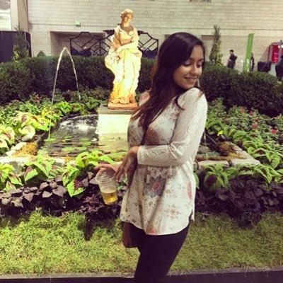 Meera Shah (@Meerathemeerkat) Twitter profile photo