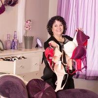 Judy@Levana Bratique
