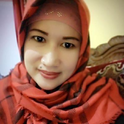 chusnul hwi pare khusnul92993212 twitter