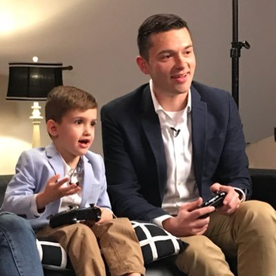 My #gaming and #tech adventures in 280 characters or less. | 🖊 Writer @bestbuycanada |🎙Host Down To Play #podcast |🤵🏻Managing Editor https://t.co/BuwdWakQR3