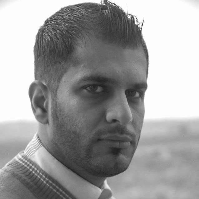 الكاتب محمد الخيكاني