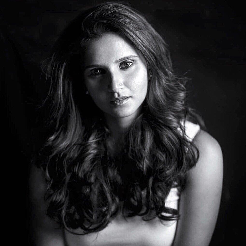 Sania Mirza (@MirzaSania )