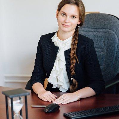 Анастасия волошина пригласил на свидание девушку с работы