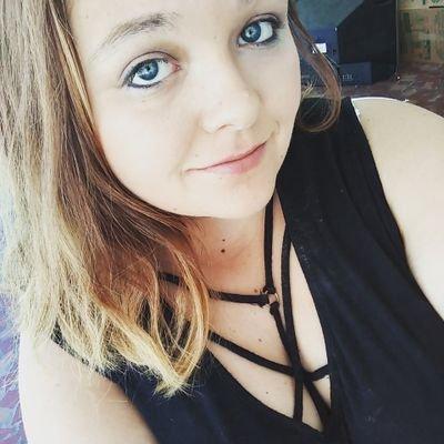 Tubular Boobular Girl On Twitter So I Shaved Some Of My Head