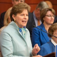 Sen. Jeanne Shaheen (@SenatorShaheen) Twitter profile photo
