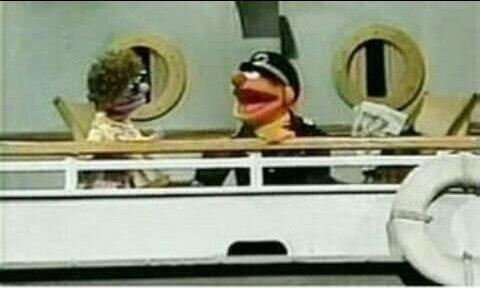 ernie_on_a_boat