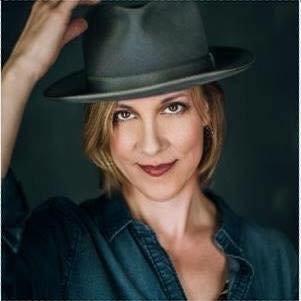 Heidi Anspaugh (@heidianspaugh) Twitter profile photo