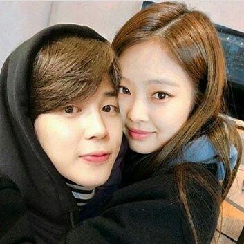 Voir un profil - Eunji Min ERfD0EVV_400x400