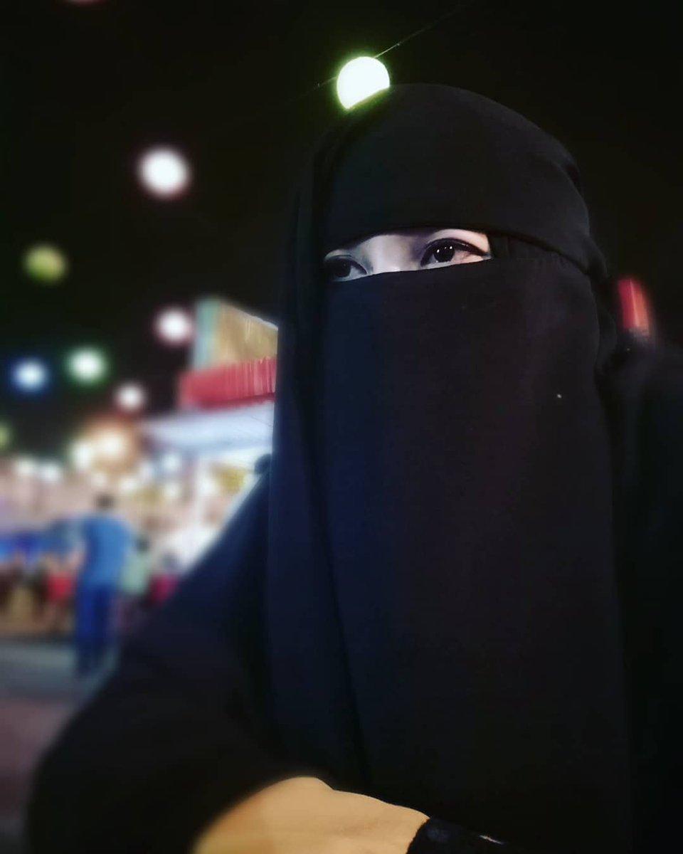 "Hj. Siti Sarah Pelacur Hijab On Twitter: ""Beginilah Aku"