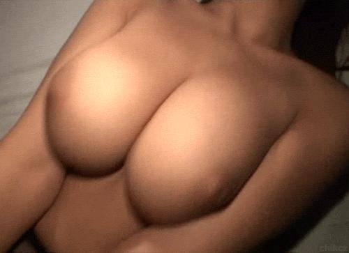 Big jiggling breasts