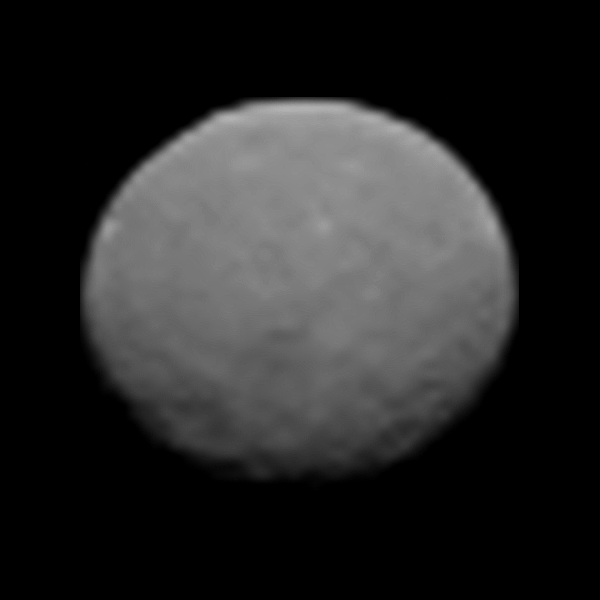 MT @HubbleTelescope: Congrats to the @NASA_Dawn team for getting this hi-res image of #Ceres! http://t.co/kwDrYRqRir http://t.co/40shhcBMqH