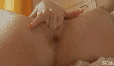 Very cute cam girl orgasm while fingering wet pussy on gotporn
