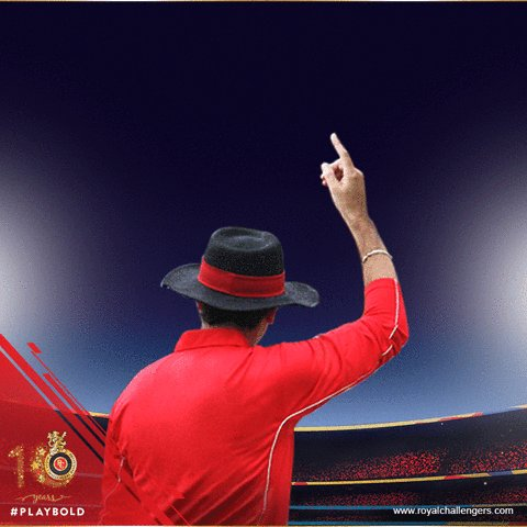Coulter-Nile bends his back and the big Jamaican misses to dismiss the free hit! #PlayBold #KKRvRCB https://t.co/ROkvWoyIJ6
