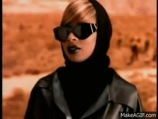Happy 46th birthday, Mary J. Blige!