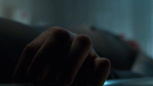 HE'S ALIVE. #Gotham https://t.co/wvukOoAC9N