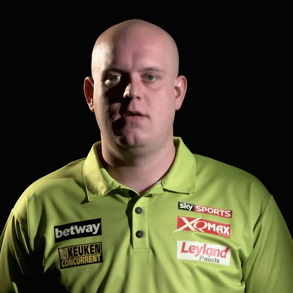 44 televised wins in a row for MvG. That's a new 🎯 world record.  Anot...