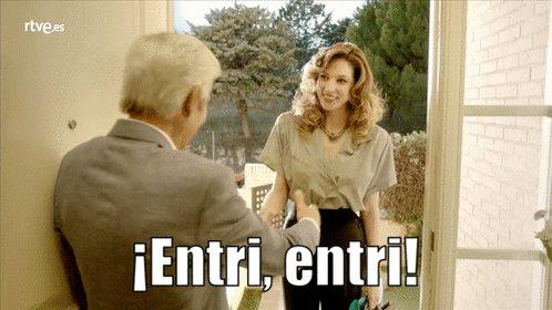 Antonio Alcántara recibe a Deborah como se merece. ¡Con educación y en...