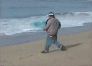 Quand Evra accélère dans son couloir #OMPSG https://t.co/Cwh3TSnnh6