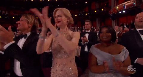 Nicole Kidman has no idea how to clap #Oscars