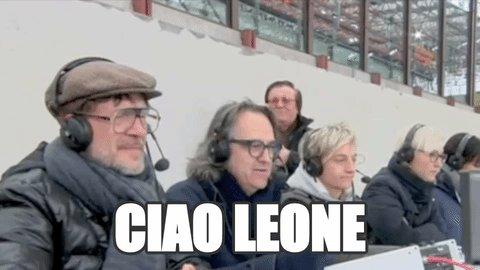 Addio al più simpatico dei disturbatori di Quelli Che Il Calcio. #Leon...