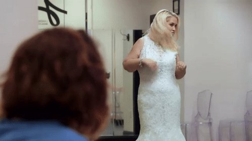Lol I love this gif had to share I'm feeling my self to much #MamaJune to