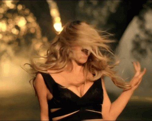 Happy birthday Mariah Carey I love you xoxo