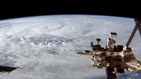 #CycloneDebbie: Space Station films storm bearing down on Australian c...